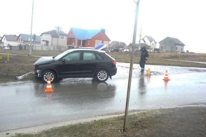 В Губкине «Газель» попала в аварию из-за плохого самочувствия водителя (фото) - фото 1