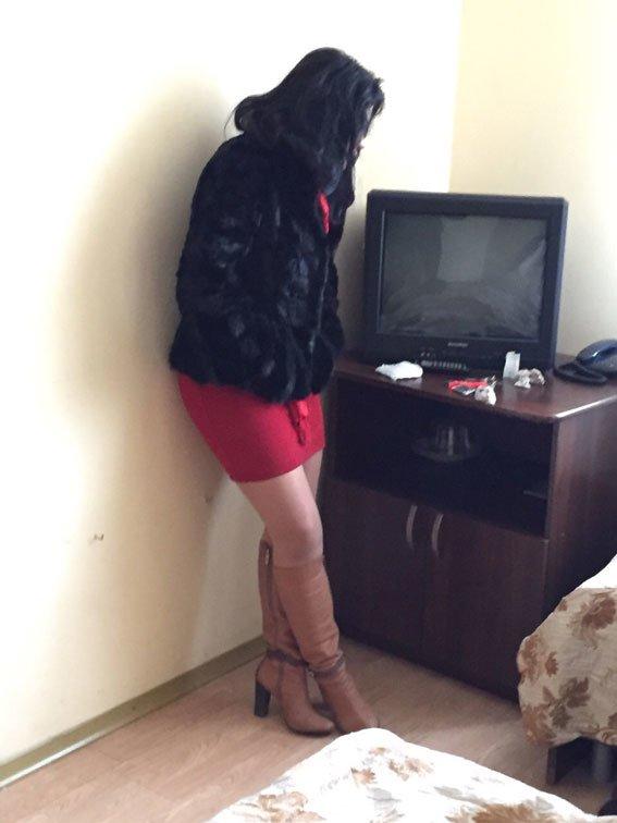 Правоохоронці викрили бордель в одному із готелів міста (ФОТО) (фото) - фото 1