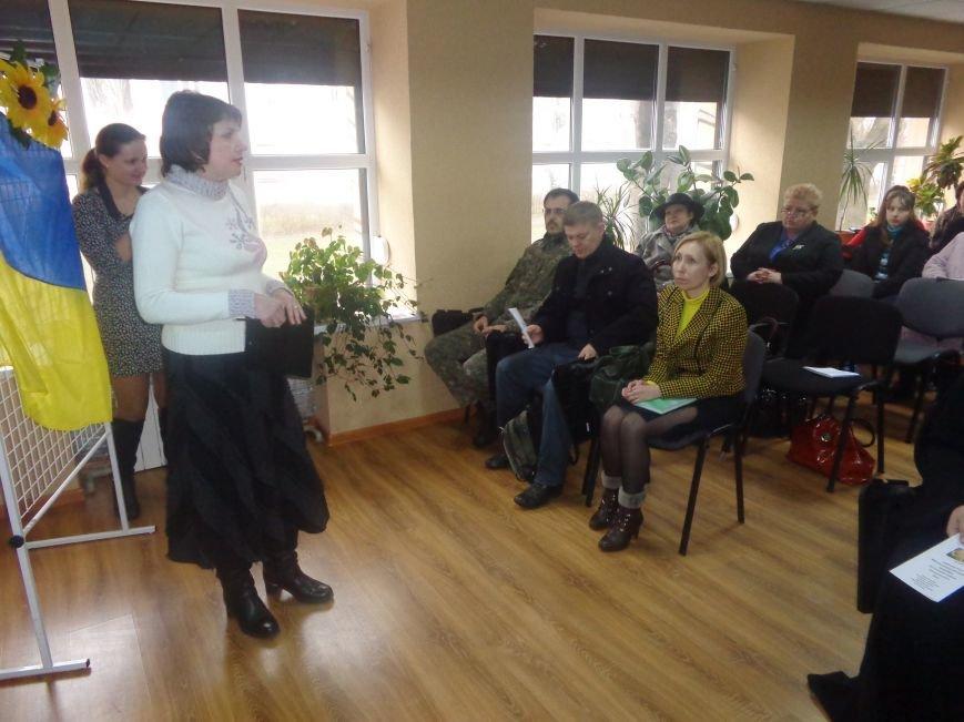 «Время собирать камни»: в рамках научной конференции в Димитрове собрались 16 религиозных конфессий (фото) - фото 10