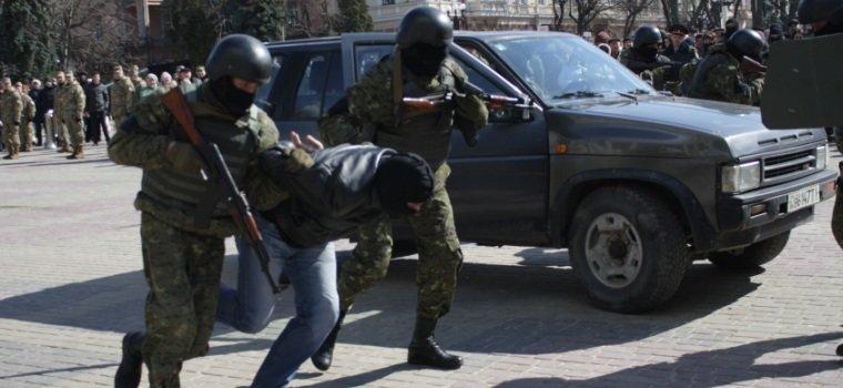 Як у Тернополі знешкоджували терориста? (фото, відео) (фото) - фото 1