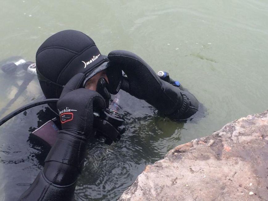 Мариупольские водолазы за смену вытаскивают до 2 кубов подводного мусора (ФОТО+ВИДЕО), фото-6