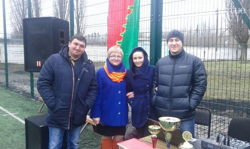 В Авдеевке состоялось торжественное открытие спортивных соревнований по футболу на кубок Сапронова (ФОТО) (фото) - фото 1