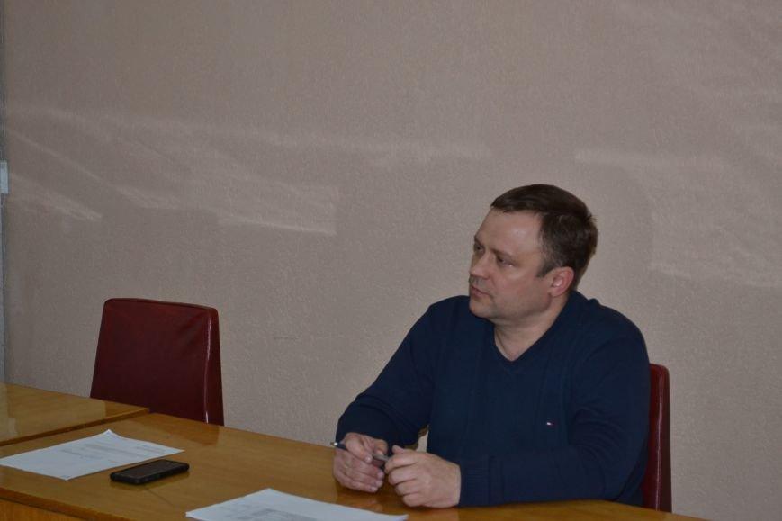 На заседание горизбиркома Кривого Рога вызван наряд полиции: за членами комиссии установили видеонаблюдение (ФОТО), фото-8