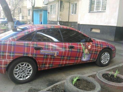 5427236dcb259403f763729fa5db9f0b По Одессе катается необычная машина-пиджак