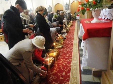 Івано-Франківські римо-католики відзначають Великдень (фоторепортаж) (фото) - фото 1