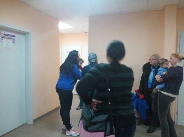 9987fc443cf18e7c17104c4d0c60370e Одесские мамочки штурмуют поликлиники за вакциной БЦЖ