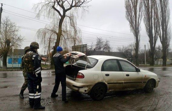 В Марьинке Нацгвардия и полиция провели зачистку (ФОТО) (фото) - фото 2