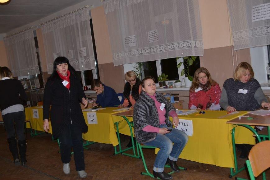 На избирательных участках Кривого Рога готовятся к подведению итогов голосования (ФОТО), фото-7