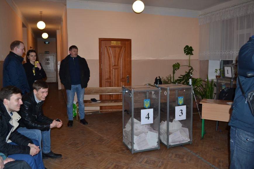 На избирательных участках Кривого Рога готовятся к подведению итогов голосования (ФОТО), фото-10