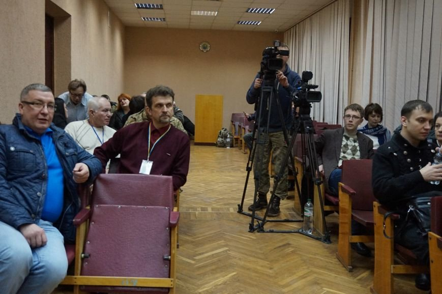 Криворожский горизбирком открыл беспрерывное заседание по установлению результатов выборов (ФОТО) (фото) - фото 1