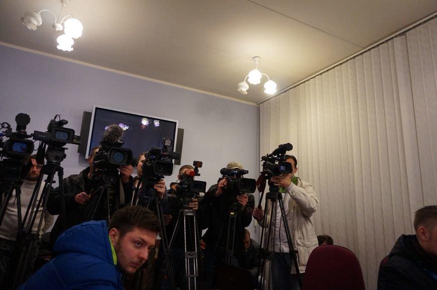 Председатель Криворожского горизбиркома: Явка просто дикая, жалоб пока только две (ФОТО) (фото) - фото 1