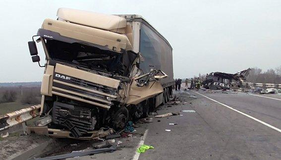 Микроавтобус из Луганской области попал а автокатастрофу - восемь погибших (ФОТО) (фото) - фото 2