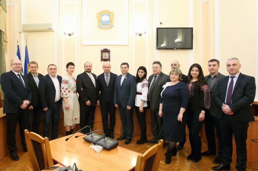 В Тернополі підписали Меморандум про співпрацю між Тернополем та Першотравневим районом Донецької області, фото-1