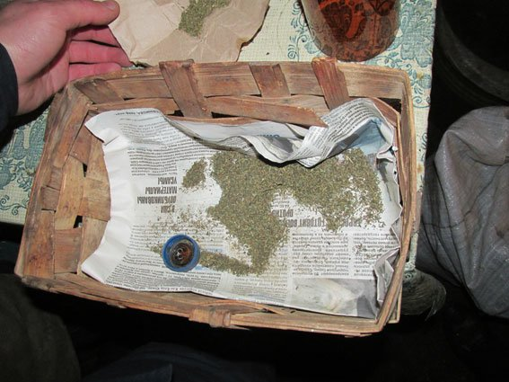 У жителя Менского района нашли полкило марихуаны (фото) - фото 1