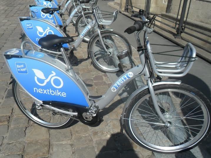 На площі Ринок запрацював муніципальний велопрокат: скільки це коштує (ФОТО), фото-2