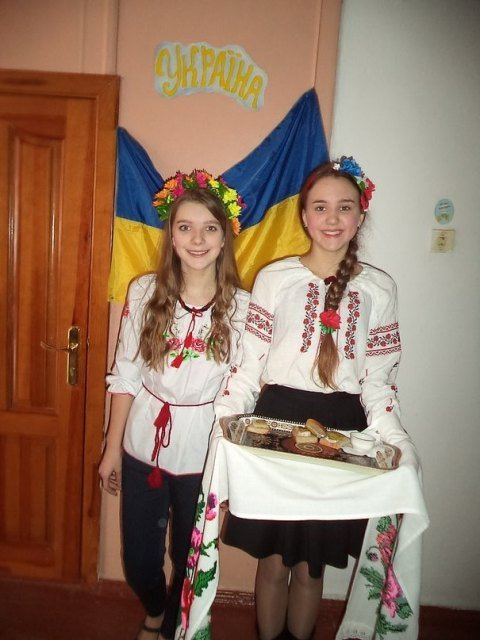 В Коростене прошел Фестиваль культур народов мира (фото) - фото 1