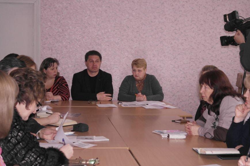 В Красноармейском (Покровском) учебно-воспитательном комплексе новый директор появится уже в среду, фото-4