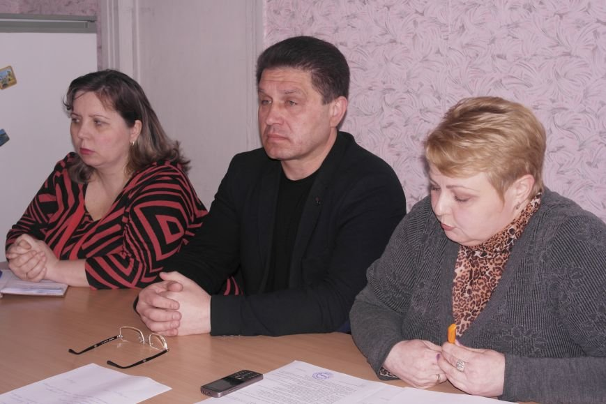 В Красноармейском (Покровском) учебно-воспитательном комплексе новый директор появится уже в среду, фото-1