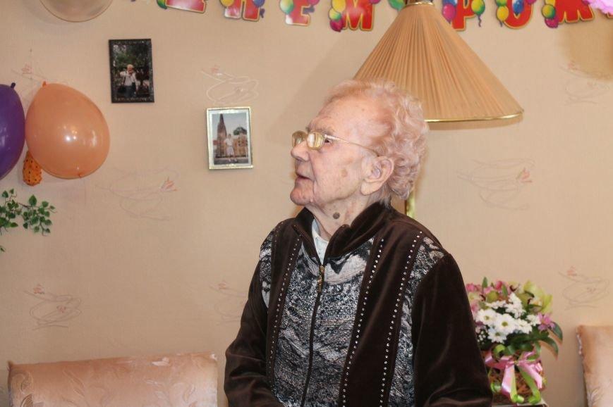 Бахмутчанка Мария Шилова отметила свой столетний юбилей, фото-1