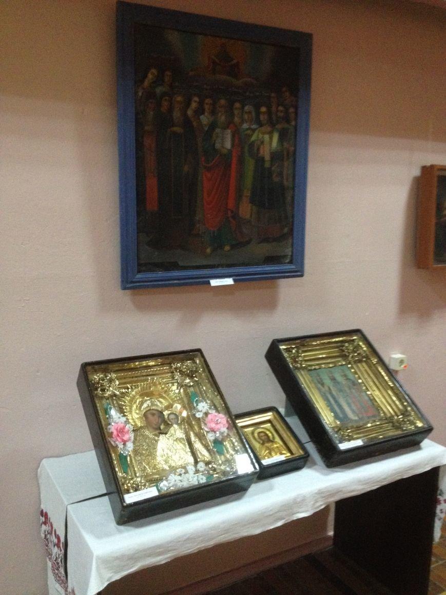 В Бахмуте проходит выставка отреставрированных икон, фото-2