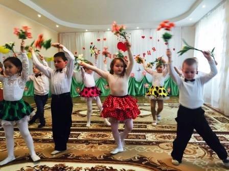 Маленькие херсонцы собрали на лечение онкобольных детей более 3 тыс. грн (фото) (фото) - фото 2