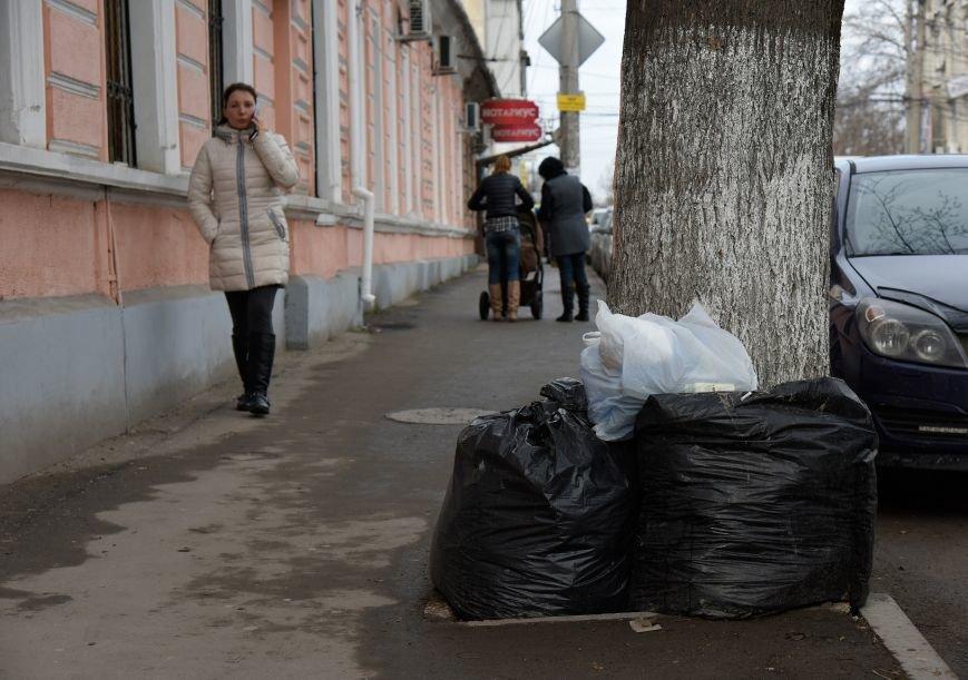 Ручная работа: как убирают центр Симферополя (ФОТО) (фото) - фото 4