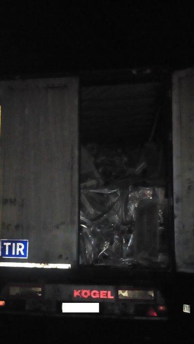Павлоградские полицейские задержали водителя грузовика с 20 тыс. кг сплавов алюминия, фото-1