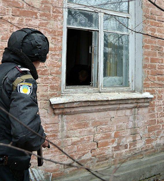 На Полтавщине задержали вора, который прятался од дождя в чужом доме (фото) - фото 1