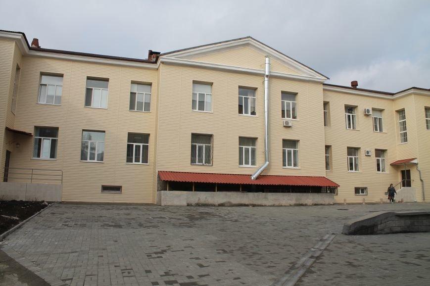 В начале апреля состоится торжественное открытие поликлиники, фото-2