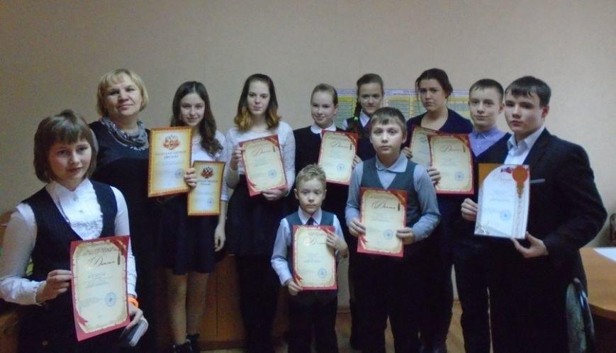 Юные полевчане получили подарки от Роспотребнадзора (фото) - фото 1