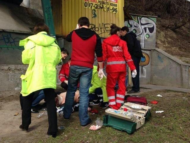 На улице Телиги повесился мужчина (ФОТО) (фото) - фото 1