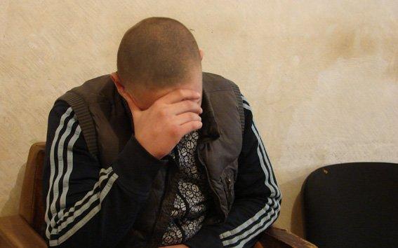За одну ночь 23-летний сумчанин пытался угнать два автомобиля (ФОТО) (фото) - фото 1