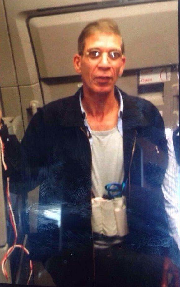 Что это было? Все подробности захвата египетского самолета EgyptAir (фото) - фото 2