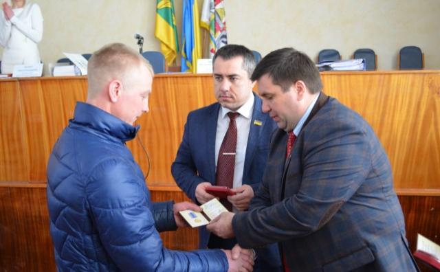 10 жителів Новоград-Волинського району нагороджені медаллю «Захиснику Вітчизни» (фото) - фото 1