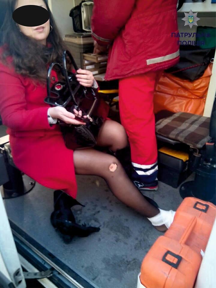 У Львові на пішохідному переході автомобіль переїхав жінці ногу (ФОТО), фото-2