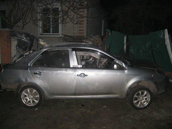 На Сумщине в ДТП погиб водитель, а пассажирка получила серьезные травмы (ФОТО) (фото) - фото 1