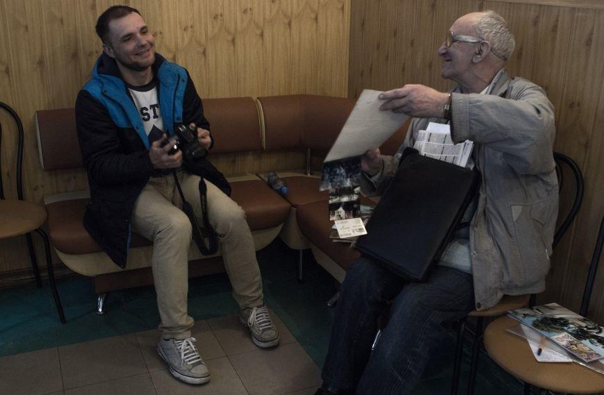 В центральной библиотеке стартовал проект «Днепродзержинская фотографическая инициатива», фото-1