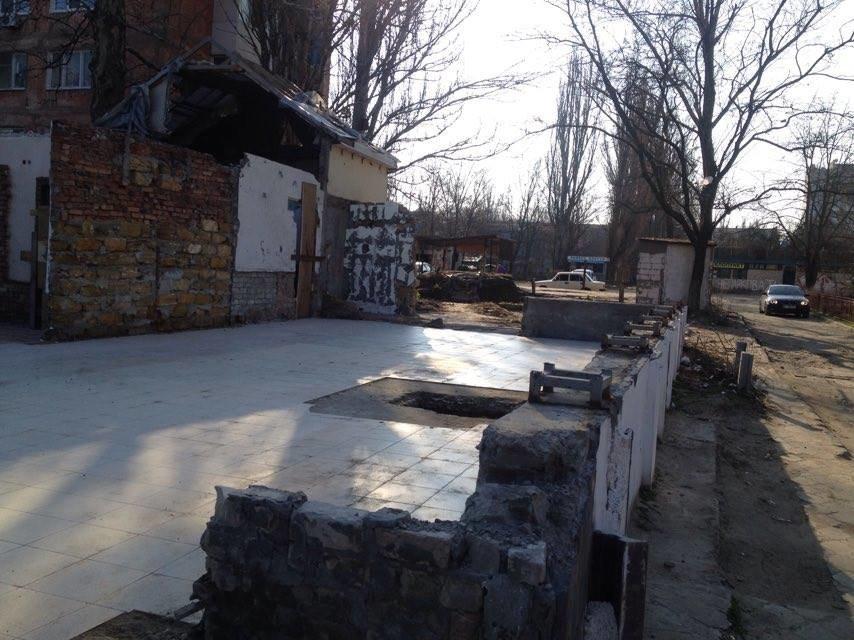 Теперь в Херсоне на улице Крымской чисто (фото) (фото) - фото 2
