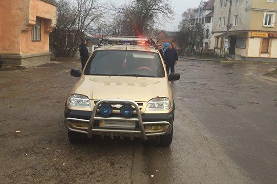 На Львівщині колишній працівник міліції погрожував патрульним (ФОТО) (фото) - фото 1