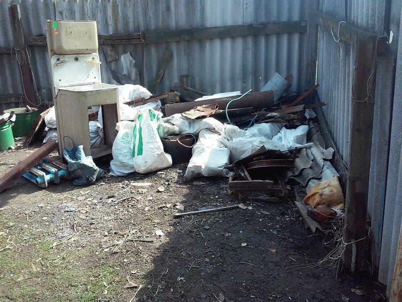 В Бахмутском районе полицейские ликвидировали незаконный пункт приема металлолома, фото-1