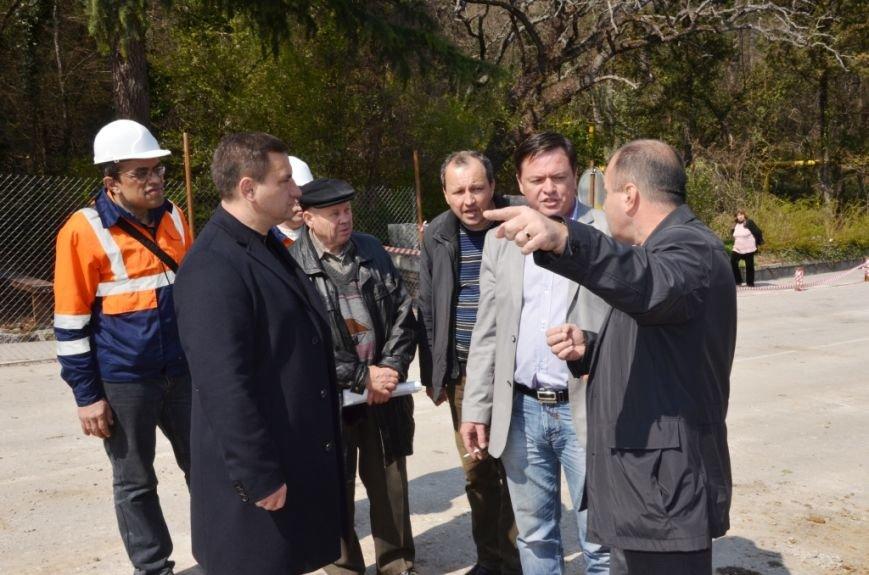 В Ялте приступили к ремонту участка дороги «Ялта – Гончарное» (5)