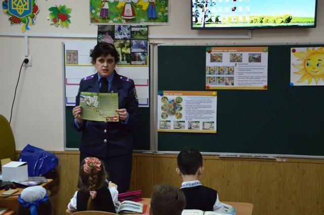 На Кіровоградщині напередодні весняних шкільних канікул тривають профілактичні заходи з безпеки дорожнього руху (ФОТО), фото-9