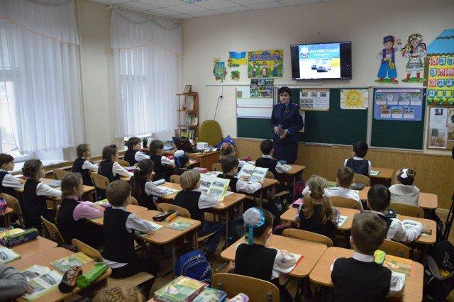 На Кіровоградщині напередодні весняних шкільних канікул тривають профілактичні заходи з безпеки дорожнього руху (ФОТО), фото-2