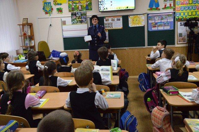 На Кіровоградщині напередодні весняних шкільних канікул тривають профілактичні заходи з безпеки дорожнього руху (ФОТО), фото-6