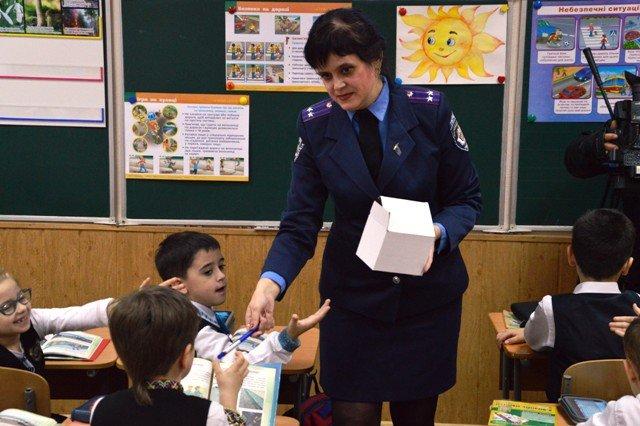 На Кіровоградщині напередодні весняних шкільних канікул тривають профілактичні заходи з безпеки дорожнього руху (ФОТО), фото-8