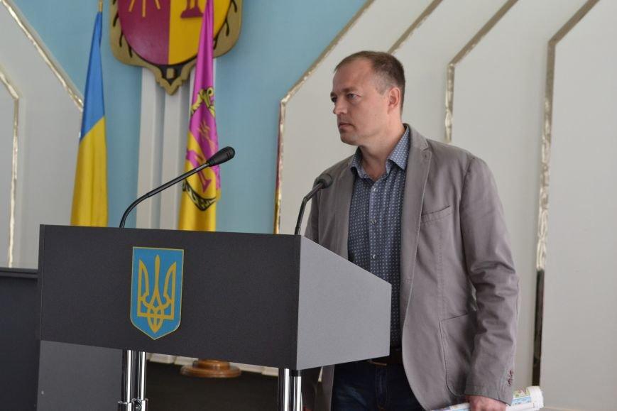 """Днепродзержинское КП """"Дорожник"""" признано банкротом, фото-1"""