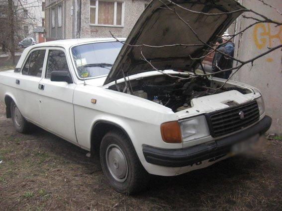 В Чернигове задержан автовор, а счету которого более 30 ограбленных машин (фото) - фото 1