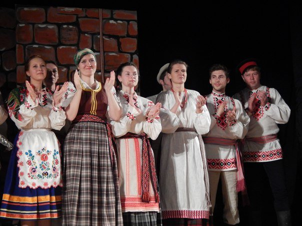 Почему «д'ябал» был «стомлены» узнали зрители на спектакле в Новополоцке (фото) - фото 9