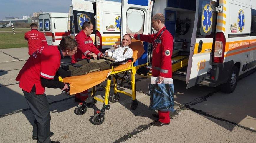 a01f5f4a99d882f1c54e15aeb4c54a49 В Одессу самолет привез раненых под Авдеевкой защитников Украины