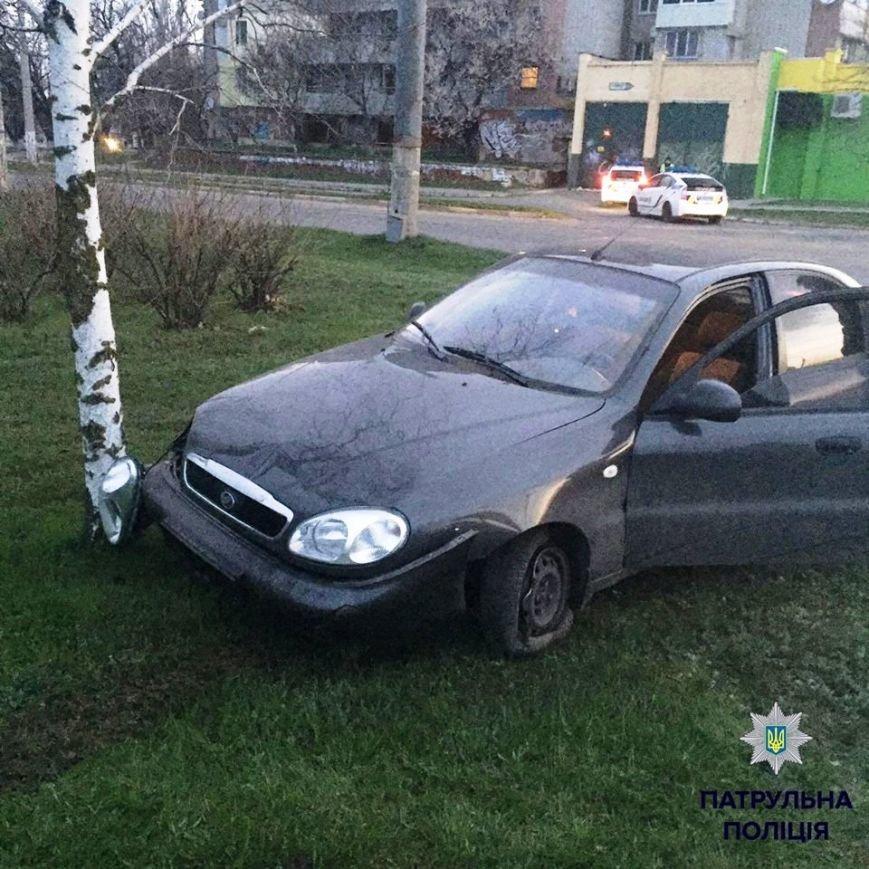 Херсонские водители предпочитают движение по зеленой зоне (фото) (фото) - фото 1